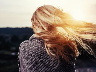 Jak dbać o zdrowe włosy?